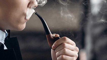 Pfeife rauchen