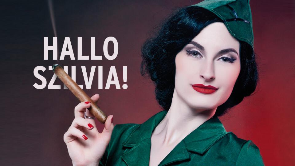 Frau bilft bei Fragen zu Zigarren weiter