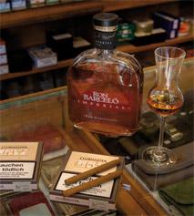 Zigarillo Clubmaster 1817 und der Rum Ron Barceló Imperial Dominicano