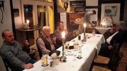 Gemütlicher Pfeifenabend in der Klosterschänke in Hude