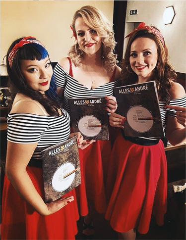The Silverettes mit dem Alles André Magazin