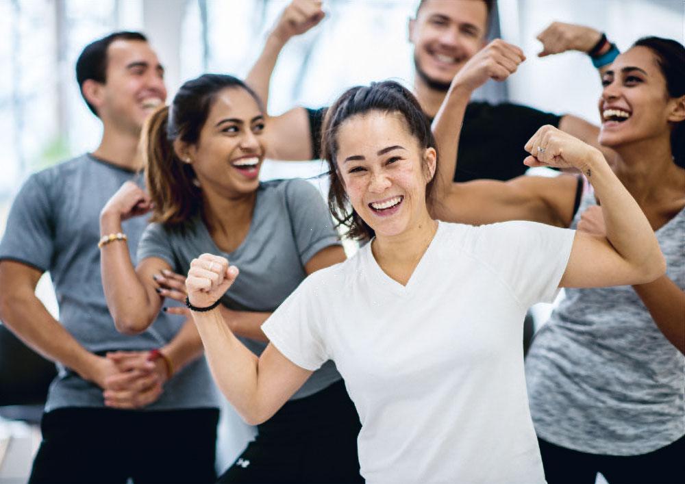 Menschen beim Lach-Yoga